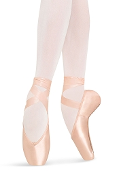 Heritage Pointe Shoe by Bloch